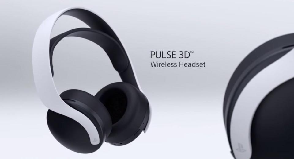 PS5'e gelen yeni FW ile TV'lerde 3D ses özelliği aktif oluyor. Eğer hali hazırda bir Soundbar kullanıyorsanız da bu özelliği kullanabilirsiniz. Ses cihazı seçeneklerinden 'ses çubuğu-soundbar' yerine TV seçerseniz 3D sesi aktif edebilirsiniz. Kulaklıkta eğer bu özelliği daha önce deneyimlediyseniz TV'nizde de benzer bir deneyim alabiliyorsunuz. Özellikle çevresel sesler tam anlamıyla sizi sarıyor. Lakin diyalog sesleri oyunlarda bir tık azalıyor.  Çok sorun edilecek bir durum değil. Diğer yandan oyunlarda tam anlamıyla ne tarafa dönerseniz veya size yaklaşan tehdit-aksiyon vb. nereden geliyorsa bunu algılayabiliyorsunuz. Özeti baya güzel olmuş.